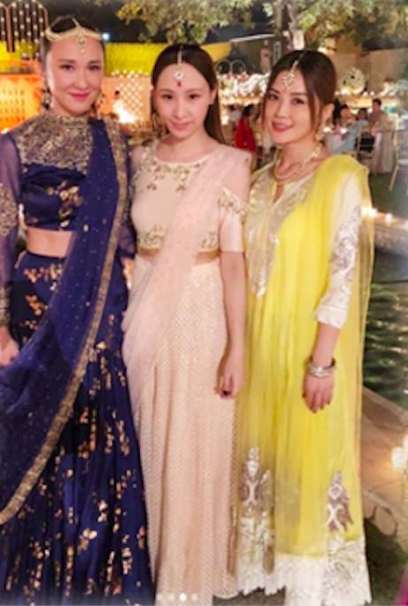 好事将近?阿Sa印度参加聚会 和男友妹妹开心合照