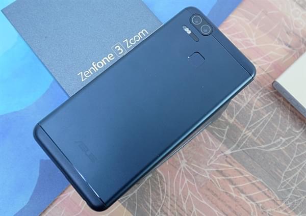 华硕ZenFone 3 Zoom上市:双镜头/5000mAh的照片 - 6