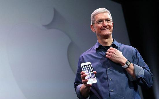 iPhone明年一水OLED屏?分析师称快别逗了