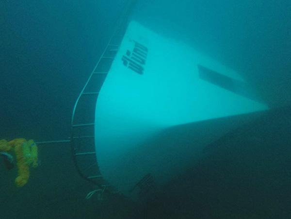 泰游船倾覆已超40小时 沉船中找到生还者机会渺茫