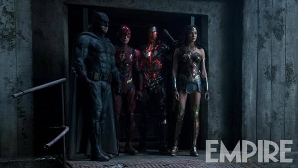 《正义联盟》公布新剧照:超人仍未现身的照片 - 1