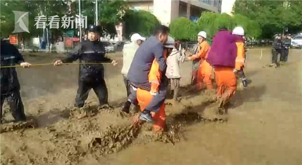 新疆强降雨致60年一遇山洪泥石流 1人死亡2人失踪