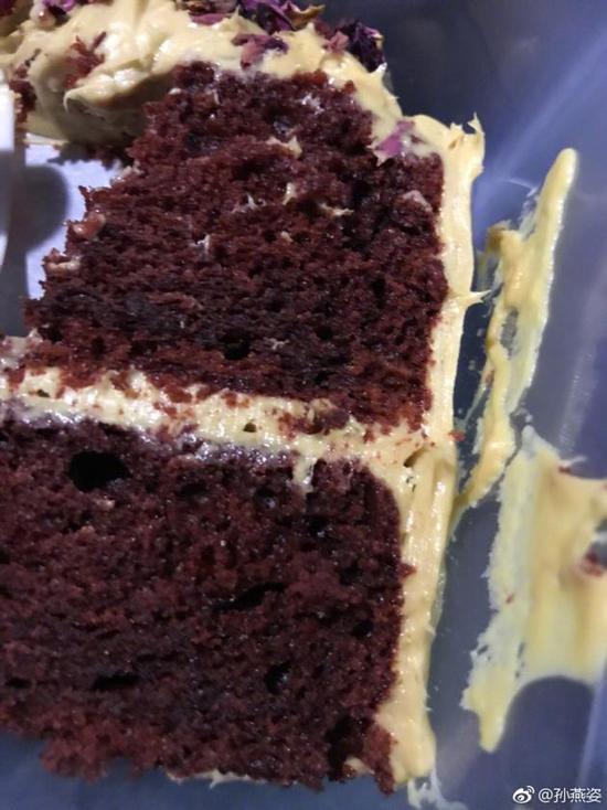 孙燕姿晒出的蛋糕