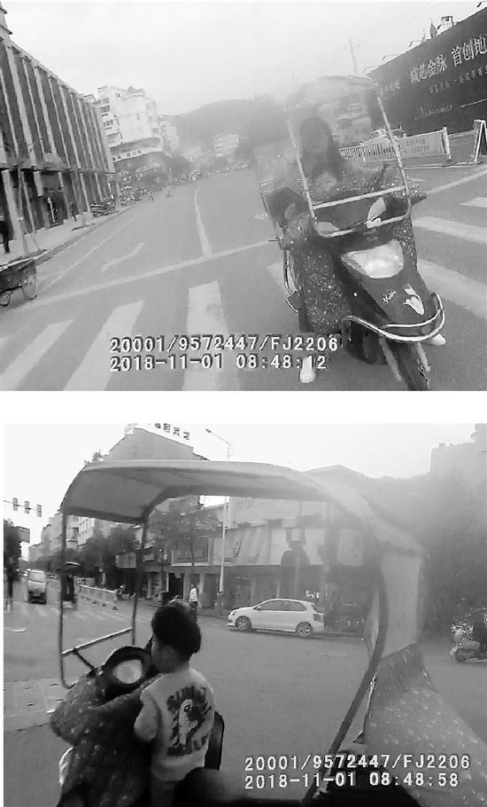 视频截图显示,妈妈把孩子一个人孤零零地留在电瓶车上了。<b><a href='http://www.xwhsjx.com'>千百万彩票</a></b>