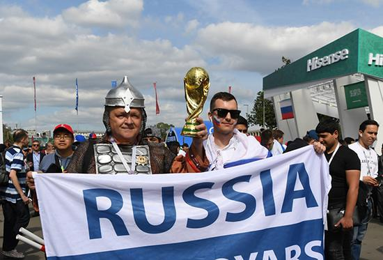 200PK上千!俄足球流氓一战成名 世界杯为啥消停了?