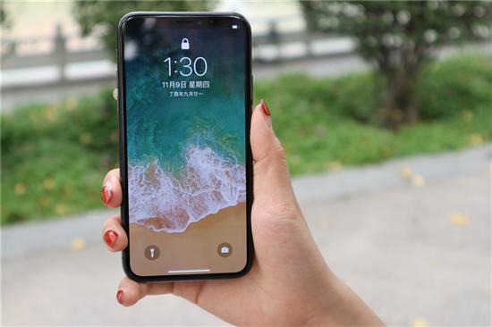 苹果还没召开秋季发布会 便有奢侈品商提前开订镀金版新iPhone