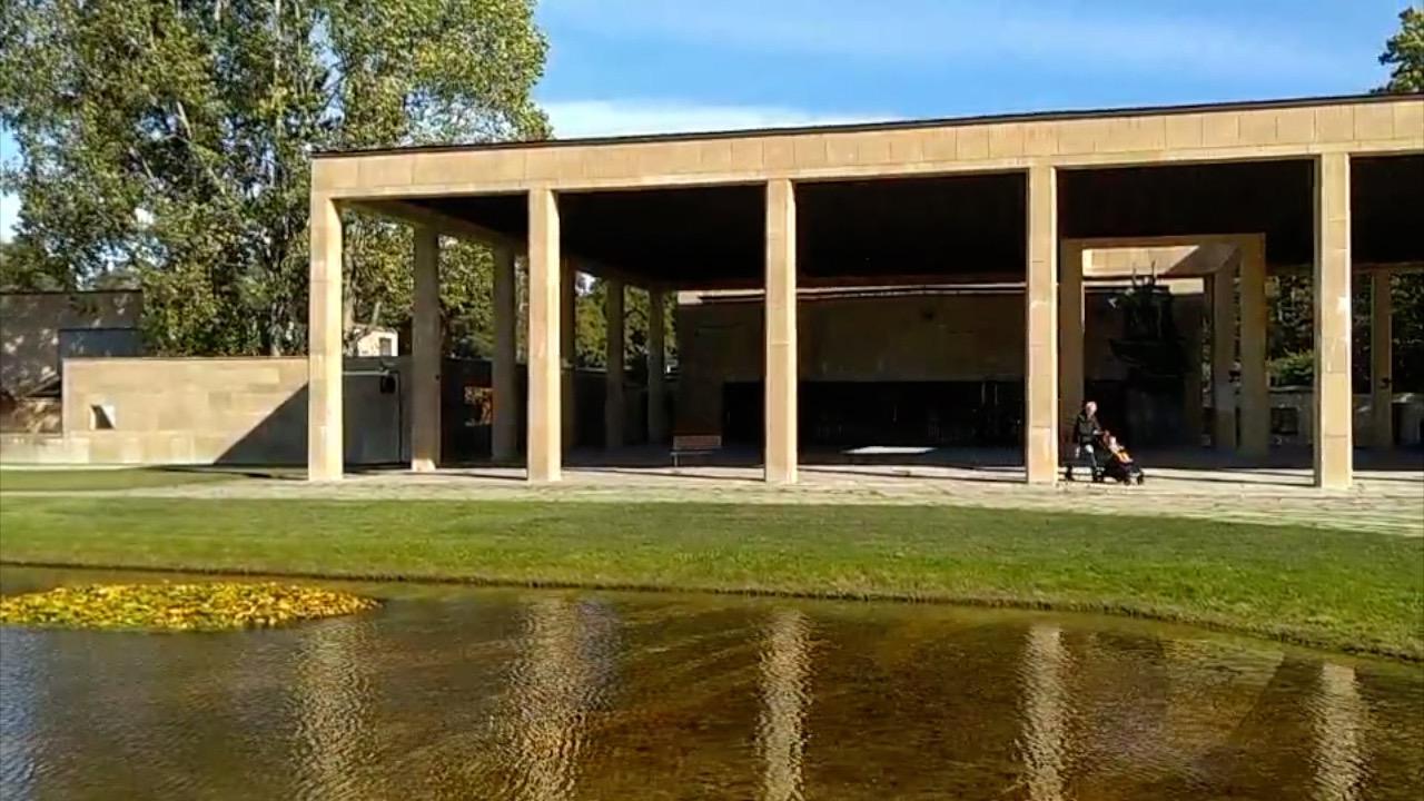 游客瑞典被留林地公墓 探访:墓碑林立 阴气森森