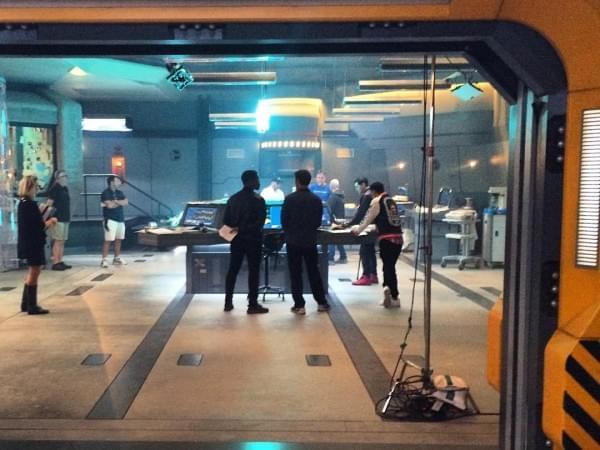 《环太平洋2》两位主角剧照曝光的照片 - 4