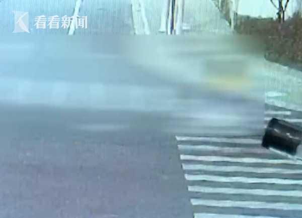 女子騎車遭46歲男子尾隨捏胸部 男子:想發泄一下