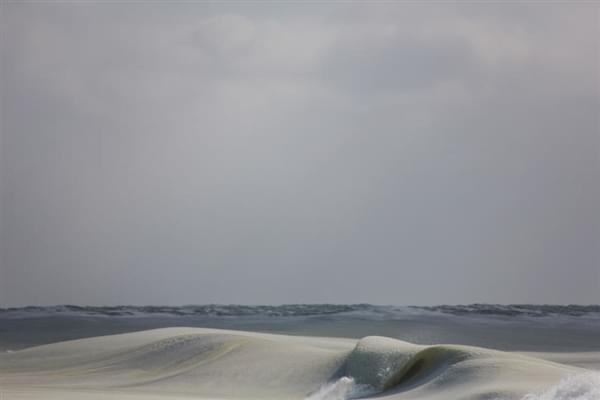美国81年来最冷冬天:海浪都被冻上了的照片 - 9