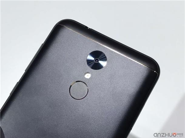 千元机外观也讲究:360手机N5现场上手图赏的照片 - 13
