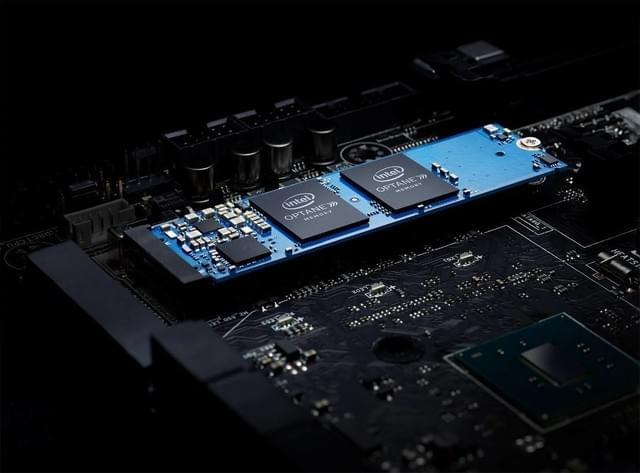 Intel傲腾内存实测:二次跑分秒SATA SSD