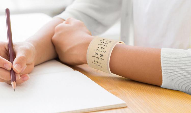 可以写字的手腕硅胶带,这种新型的备忘录你可见过?