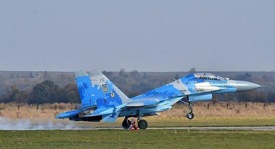 乌军苏27坠机细节披露:美乌飞行员都未报告故障