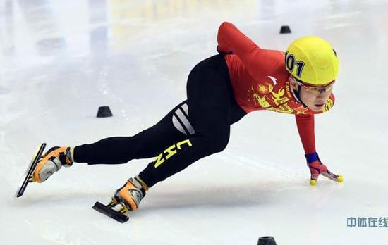 冬季跨界跨项选材进行时 全运会掀起轮滑热潮