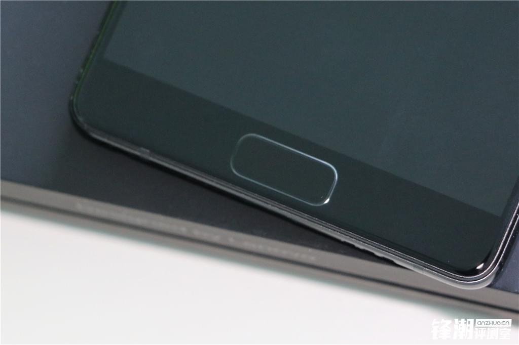 舒适手感+超高屏占比:联想ZUK Edge详细评测的照片 - 13