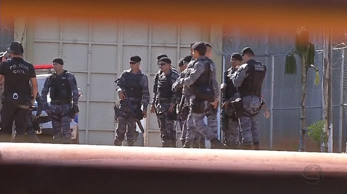 巴西一监狱发生暴动5人死亡 容纳囚犯超载近两倍
