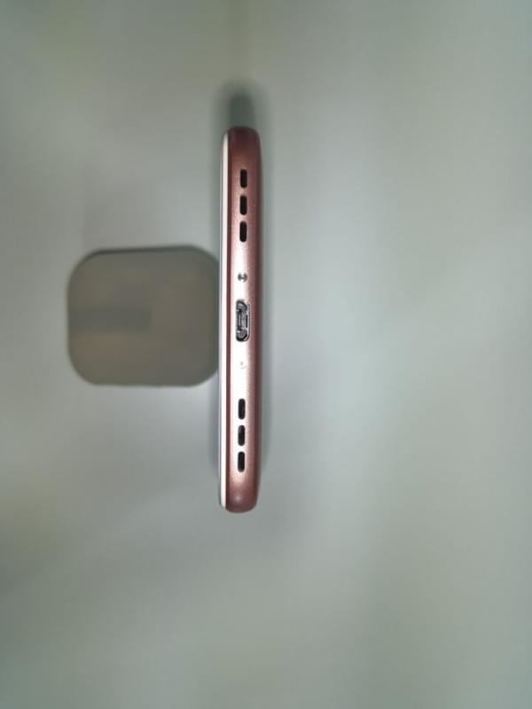 魅蓝5s现场真机上手 16/32GB售价799/999元的照片 - 9