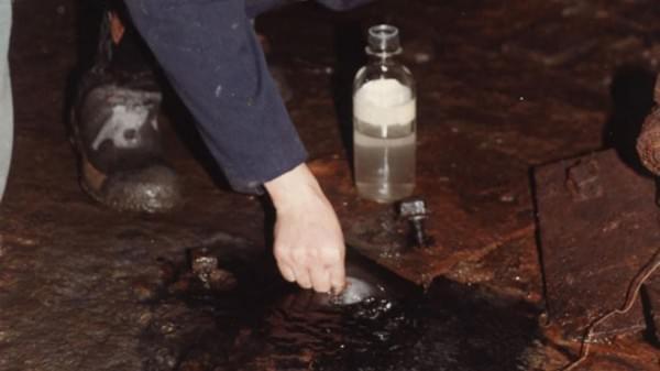 加拿大发现20亿年前最古老的水的照片 - 1