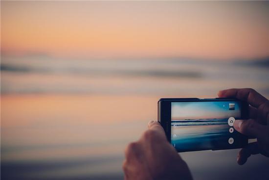 索尼暗示:将来或推出无边框Xperia手机