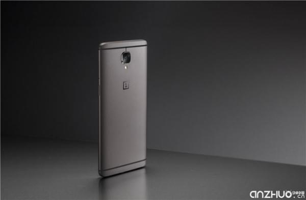 硬件提升明显:国行一加手机3T发布 售价2699元起的照片 - 1