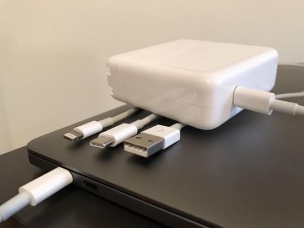 苹果使用USB-C接口真是为了卖配件赚钱吗?的照片 - 3