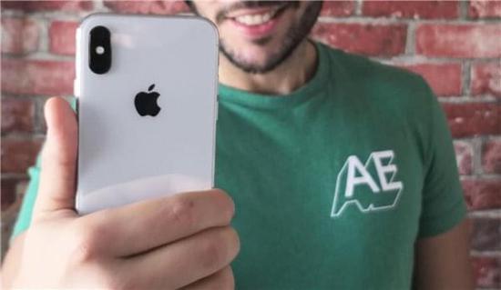 三星Note8还是iPhone X?销售人员这样说