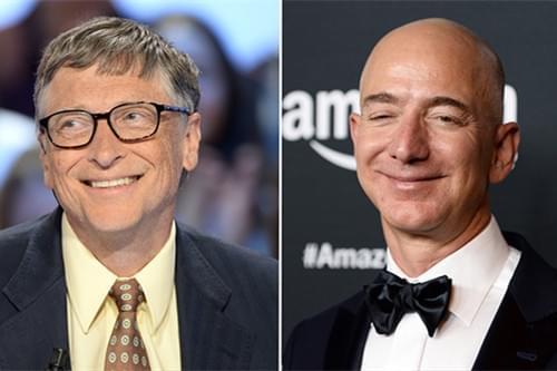 比尔?盖茨(左)、杰夫?贝佐斯(右)