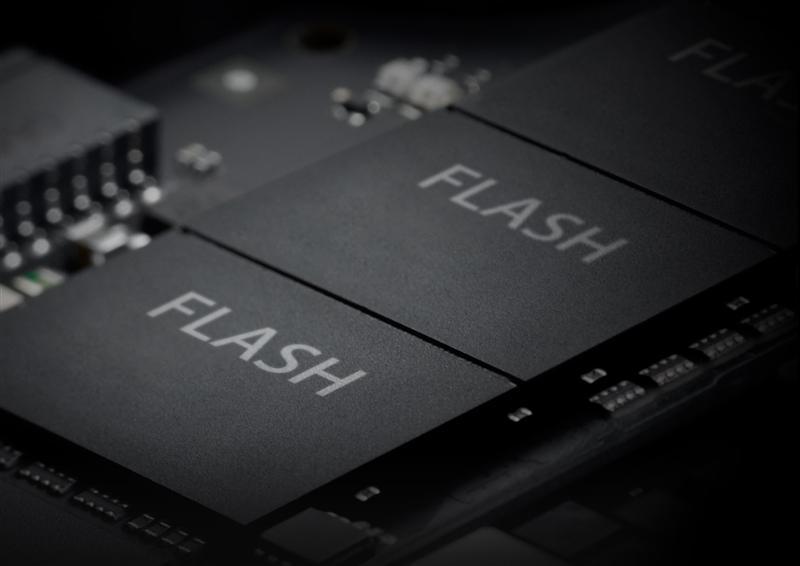 QLC闪存能用吗?聊聊关于固态硬盘的那些事