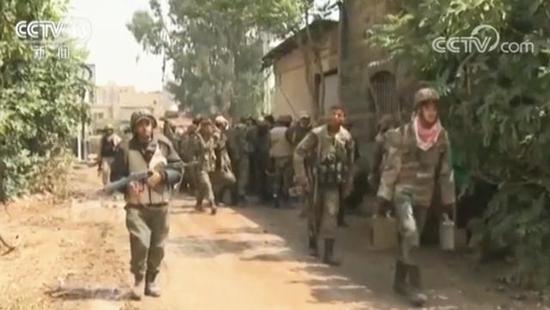 叙利亚政府军调遣精锐部队 或酝酿大规模军事行动
