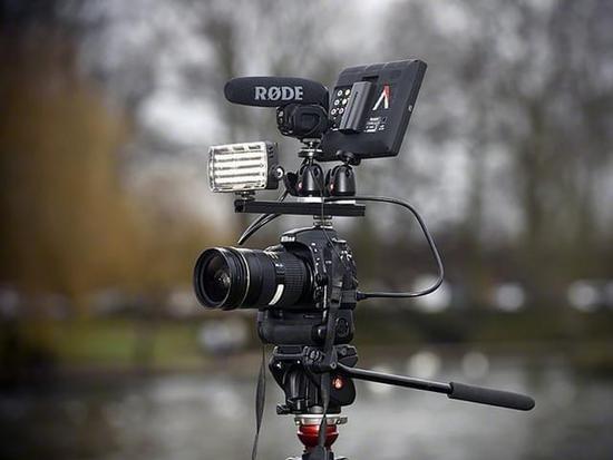 相机与手机双重打击 入门摄像机路在何方