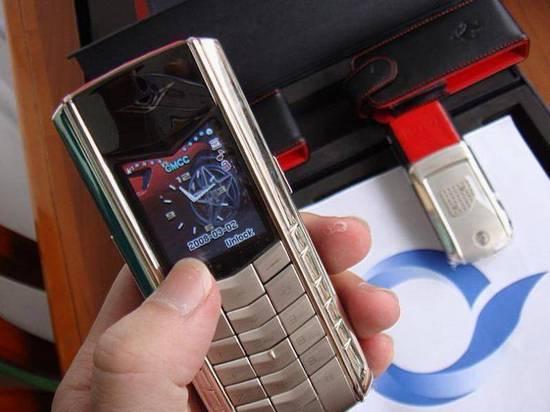 没破产但已岌岌可危:奢侈手机Vertu到底做错了什么?