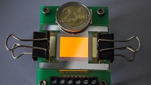 第一台透明的石墨烯电极OLED显示屏问世