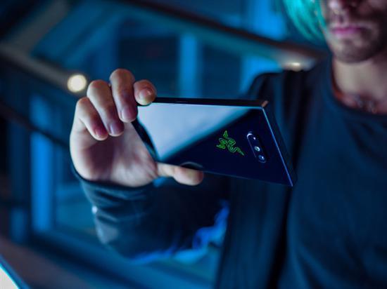 骁龙845/120Hz屏Razer Phone 2即将在台湾发布:11月14日见
