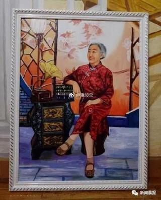 女生画画月入10万被指替父受贿 官方:其父非检察官