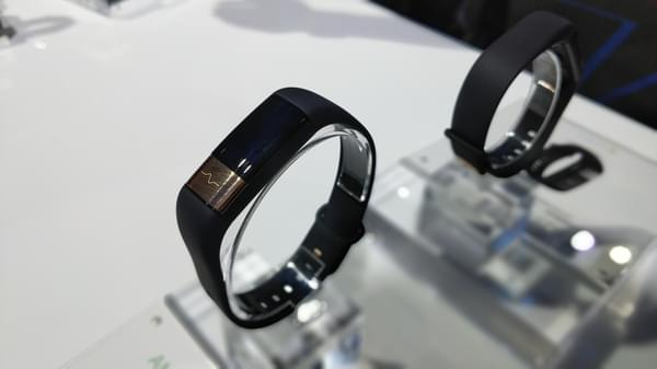 华米发布米动健康手环:699元主打监测心血管健康的照片 - 4