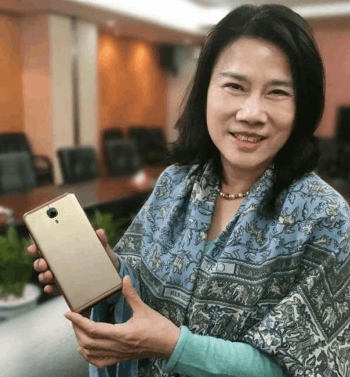 董明珠下血本了 格力已投资几个亿做手机的照片