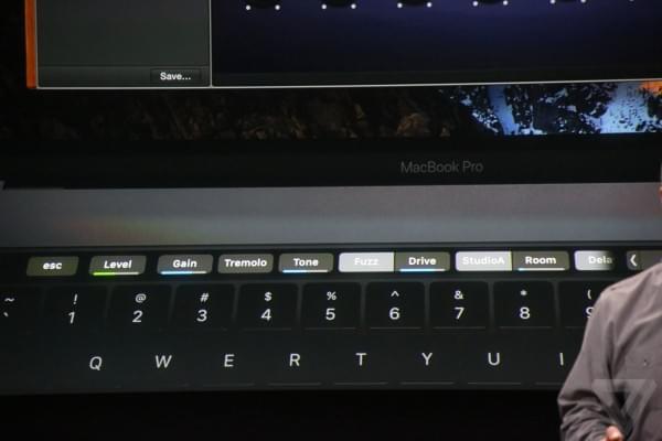 新MacBook Pro的触控条是体验革命还是鸡肋?的照片