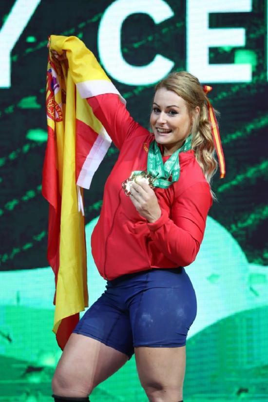 转发锦鲤!西班牙举重老将因伤获福 升级参赛夺冠