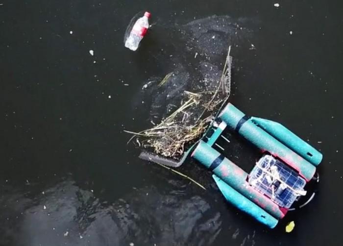 可以通过网络控制的河流垃圾收集机器人