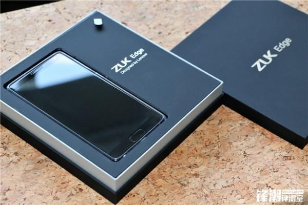 舒适手感+超高屏占比:联想ZUK Edge详细评测的照片 - 3
