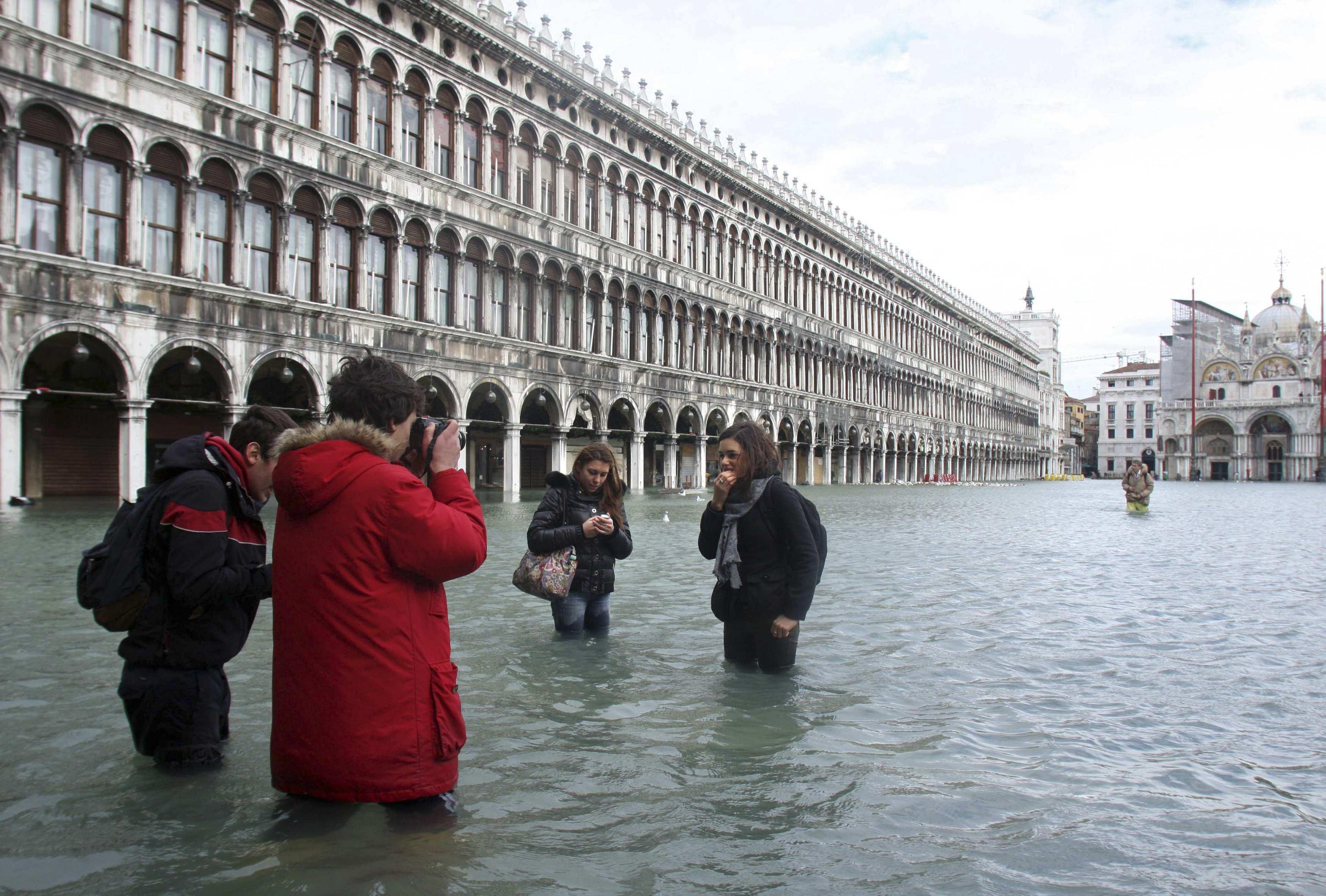 威尼斯城77%被淹 因31年前立项的水利工程未完工