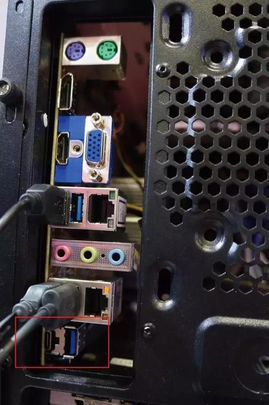走进八核心融合时代:国产x86处理器最新成果抢先看的照片 - 9