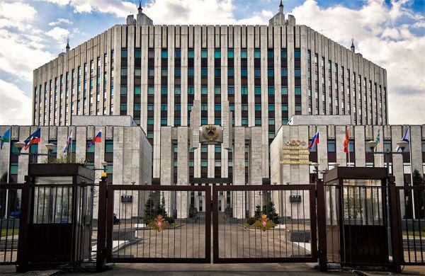 俄总参学院为学员开设军事游戏中心