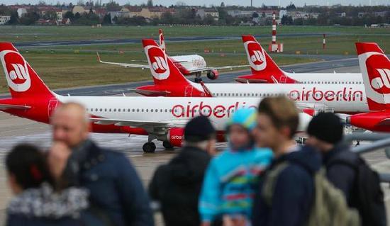 最后的飞行!柏林航空破产后最后一天运营