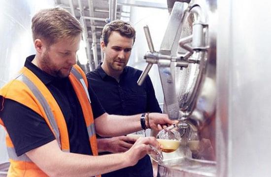 根据DNA酿出的啤酒是啥味?看到价格后我哭了