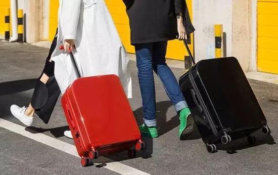 一款智能的旅行箱,比男朋友可靠谱多了   钛空智慧星球推荐