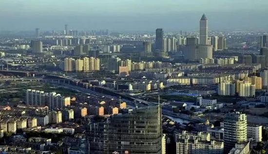 人民日报头版专栏报道 这个县级市因何被高层看重?