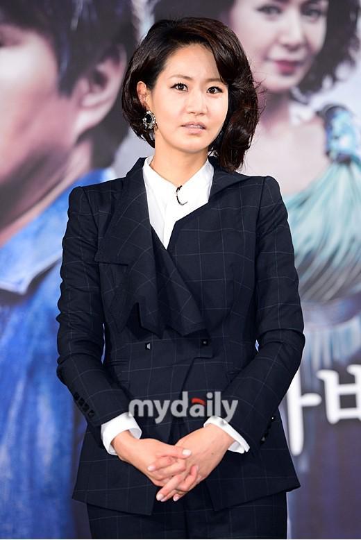 《老婆是大佬》女主角申恩庆申请破产拖欠巨额债务_网易娱乐