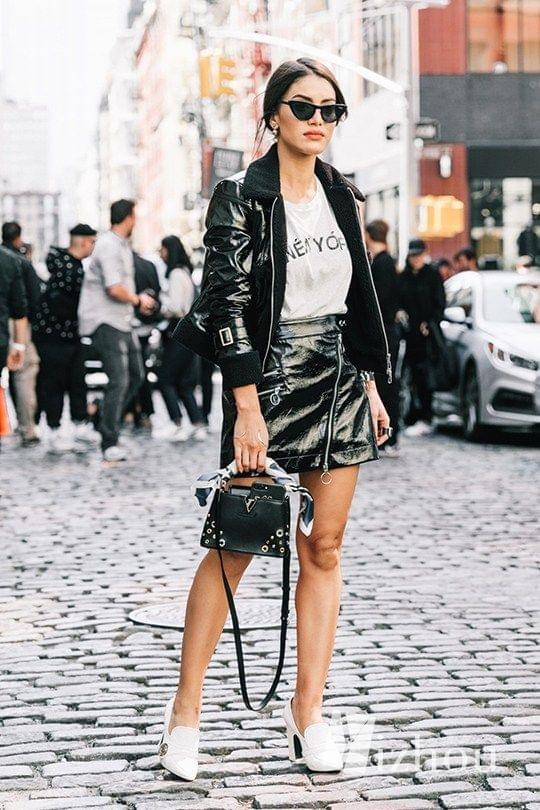 black-and-white-monotone-outfit-idea-_0009_NYFW-SS18-New_York_Fashion_Week-Street_Style-Vogue-Collage_Vintage-189-1800x2